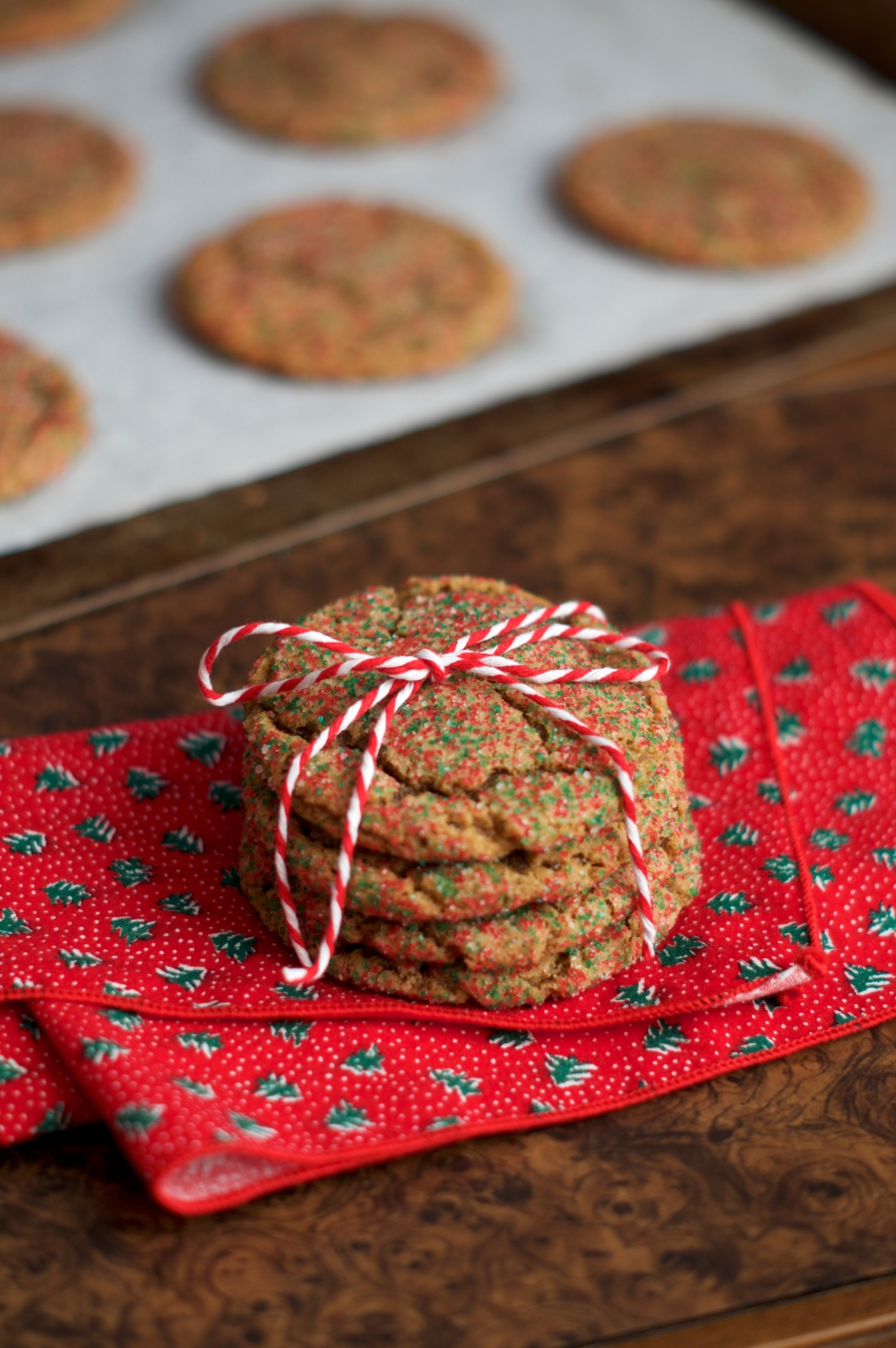 Chewy molasses cookies | www.midwestniceblog.com