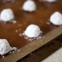 Chocolate Peppermint Krinkle Cookies