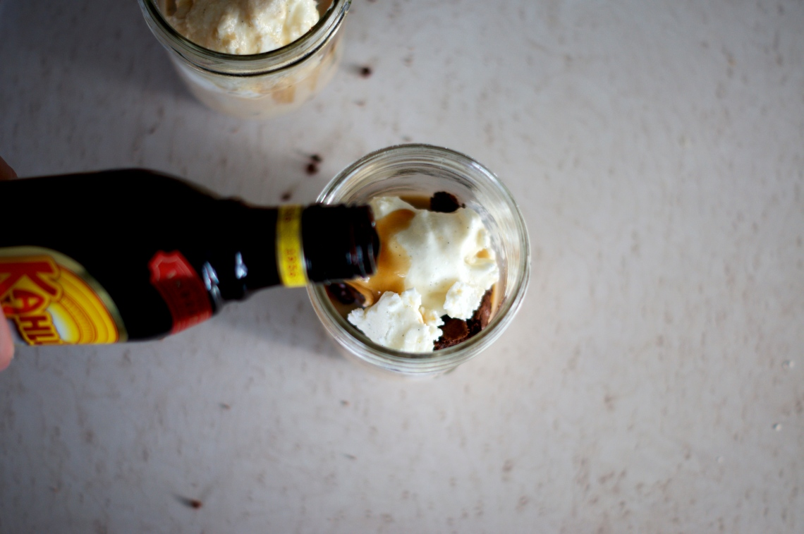 Boozy Brownie Shakes | via Midwest Nice Blog