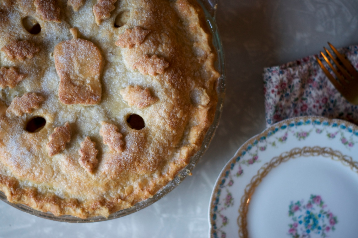 Easy Apple Pie | via Midwest Nice