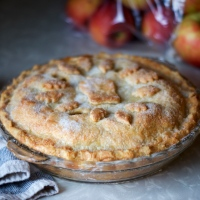 Easy Apple Pie (& new memories)